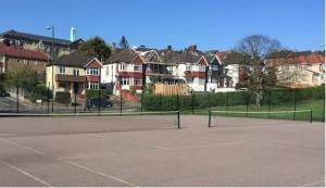 tennis_court_sml